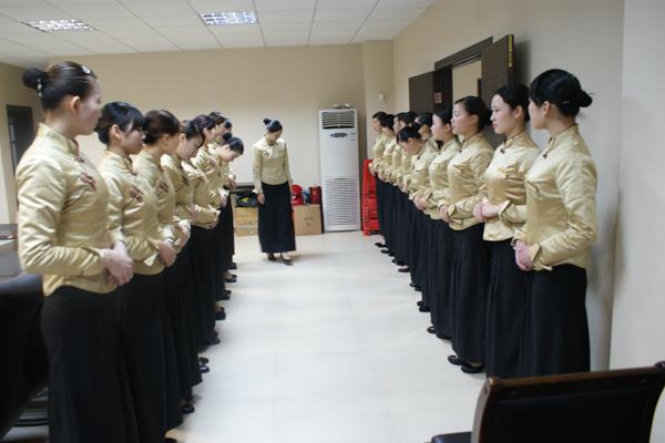 日春简历2011年第一期新员工培训圆满结束李教成司令员茶业图片
